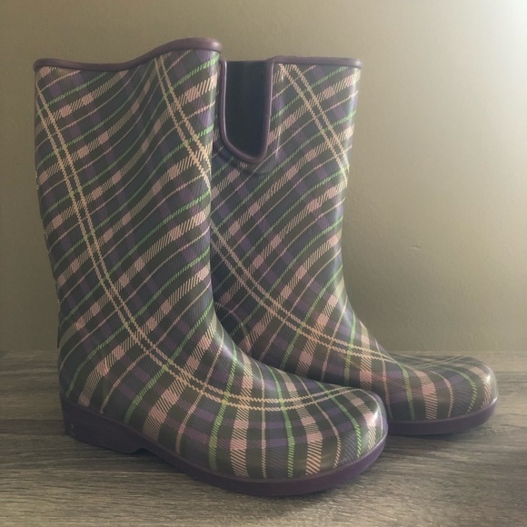 Sperry Shoes - Sperry plaid Rain boots